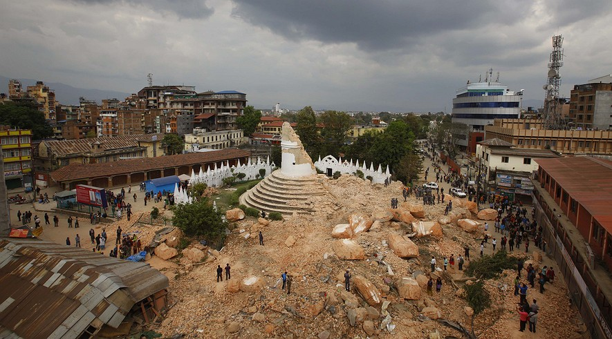 nepal-quake-e243a397.jpg.885x491_q90_box-0,455,4080,2720_crop_detail